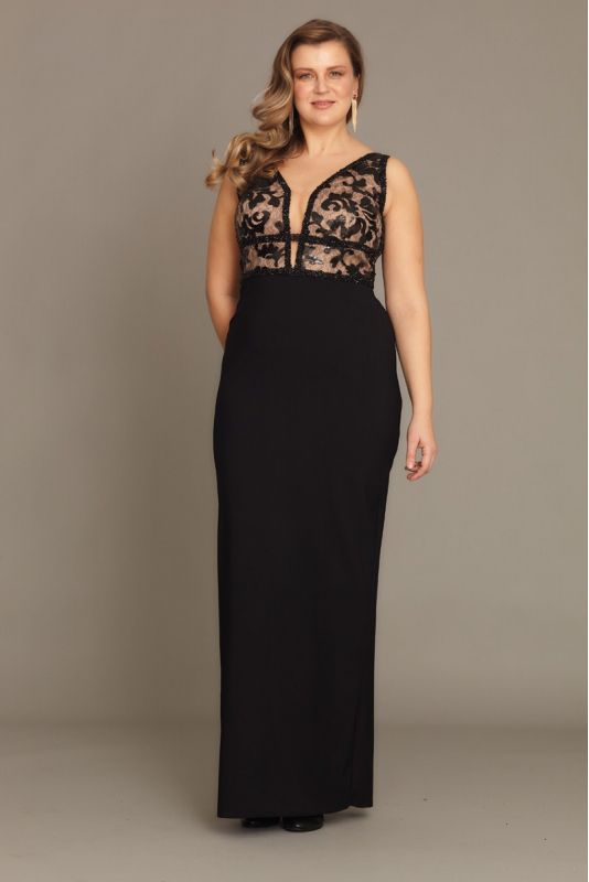 Black plus size crepe sleeveless maxi dress
