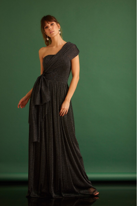 Black tulle sleeveless maxi dress